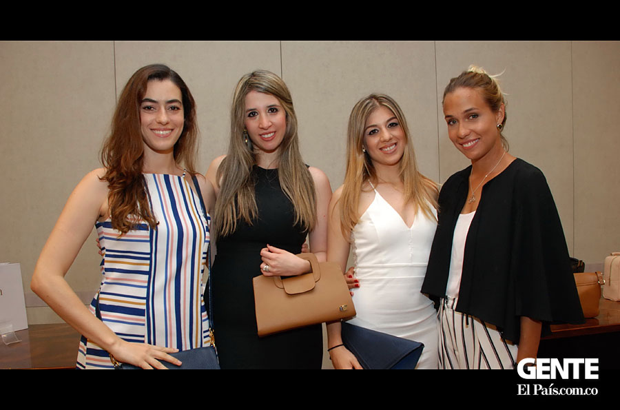 Laura Medina, Denise Nader, Juliana Ulloa y Giannina Michelin